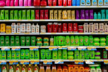 Complete List of Illegal Cancer-Causing Shampoos! Is Yours on the List?!