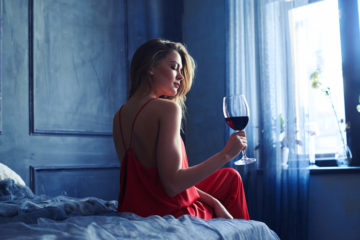 New Research Says Drinking Wine before Bed Helps Lose Weight