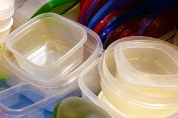 The Dangers of Plastic Containers: Do Not Assume They Are Safe to Eat & Drink from