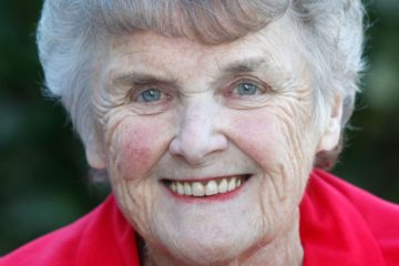 82-Year Old Woman with Dementia Changes Her Diet & Gets Back Her Memory