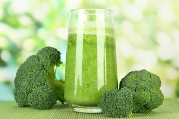 Broccoli Smoothie: Fights Off Cancer & Balances the Blood Pressure