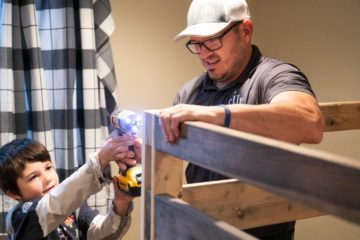 Man Quits Highly-Paid Job to Construct Beds for Children in Need