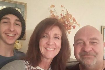 Life Is a Fight: Married Couple & their Son all Have Cancer so They're Selling their Restaurant to Pay for Medical Bills