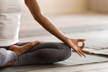Yoga Could Help Reduce Anxiety & Depression Symptoms, Claims New Study