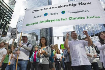Amazon Threatens Its Workers with Dismissal If They Speak Out against Climate Changes