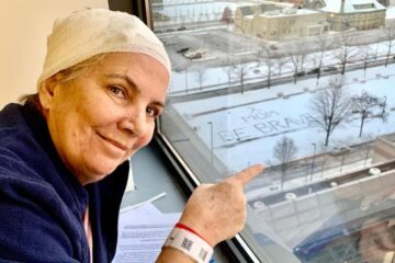 Heartwarming: Daughter Writes a Message of Hope in the Snow for Her Mother Battling Cancer to See