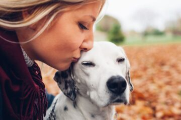 According to a Study, Dogs Obey Women more than Men