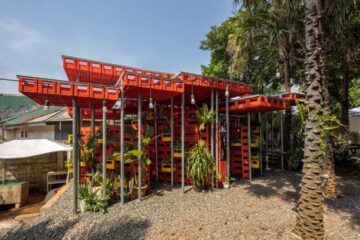 Amazing Idea: Small Mosque in Indonesia Made Entirely from Discarded Plastic Crates